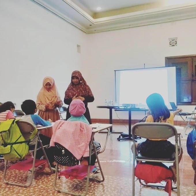 Menggiatkan Literasi Pada Anak : Kelas Menulis Cerita Pendek