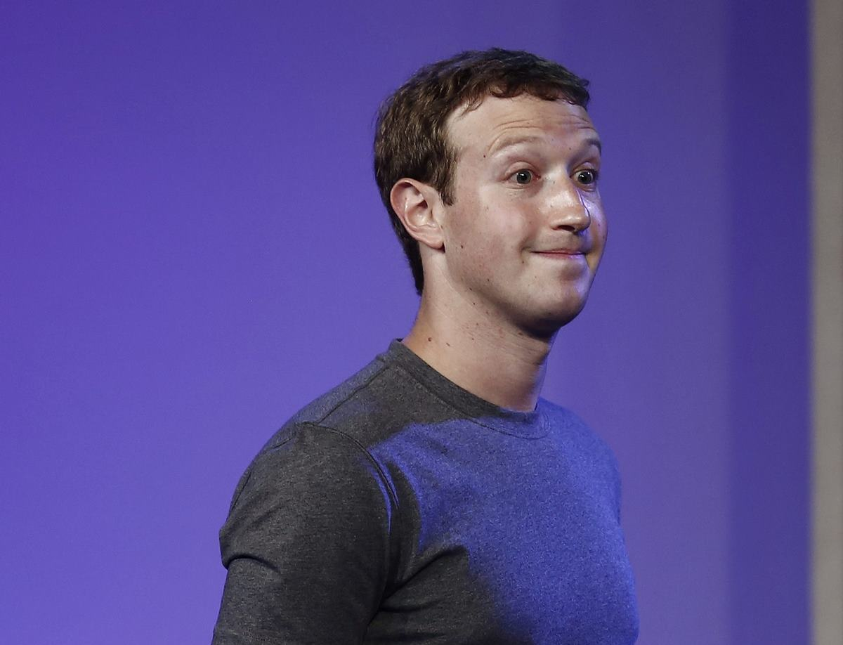 Mark Zuckerberg says quitting as Facebook chairman would be a bad idea, as investors call for his head amid a firestorm of scandals