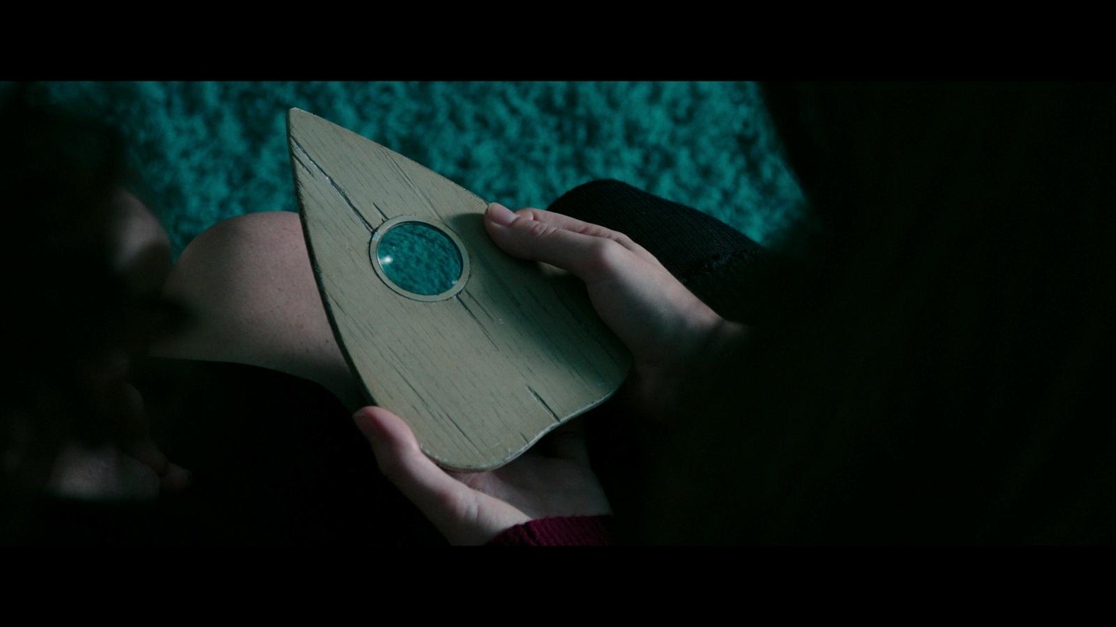 Ouija (2014) 1080p BD25 ESPAÑOL LATINO 6