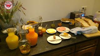Parte del desayuno del Húsavík Cape Hotel