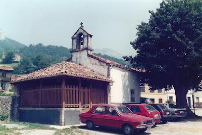 Iglesia de Santa María de Pelúgano de Arriba, Aller