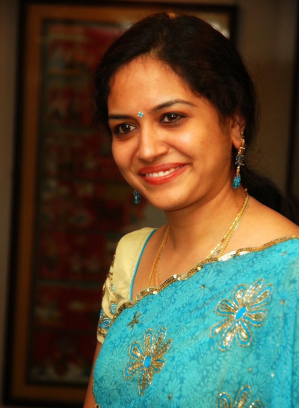 singer sunitha  singer sunitha u0026 39 s hq photos