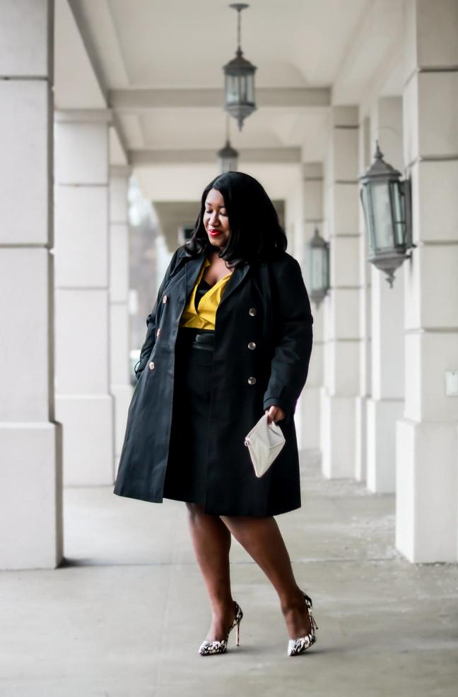 Black Trench Coat Outfit Idea Plus Size Women Blogger