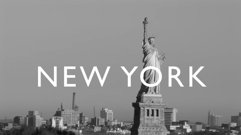 Modella Versace pubblicità City Milano Tokyo New York Beijing - Spot 2016