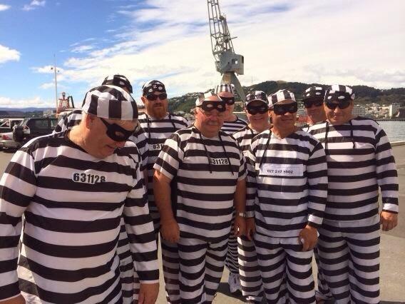convict-prisoners-costume-sevens