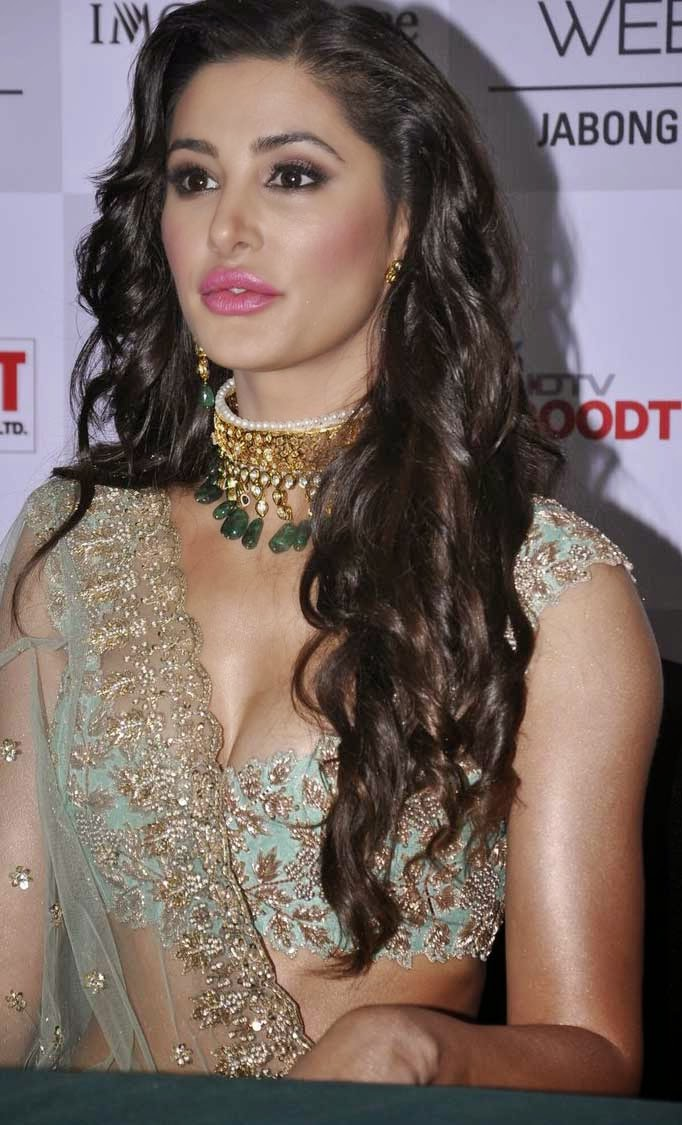 Nargis Fakhri Latest Hot Photos In Pink Dress
