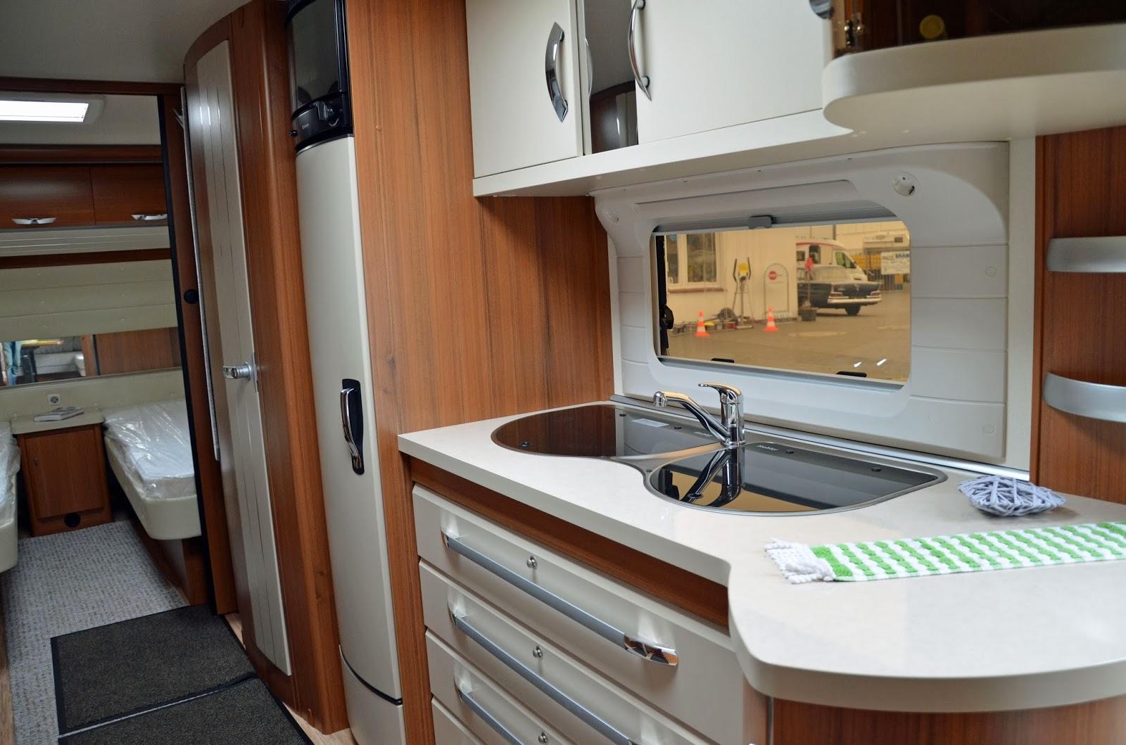 camping im norden hausmesse caravan brandl 16. Black Bedroom Furniture Sets. Home Design Ideas