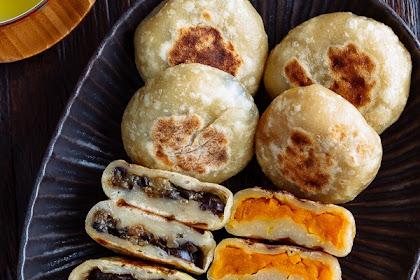 Oyaki (Japanese Stuffed Dumplings)