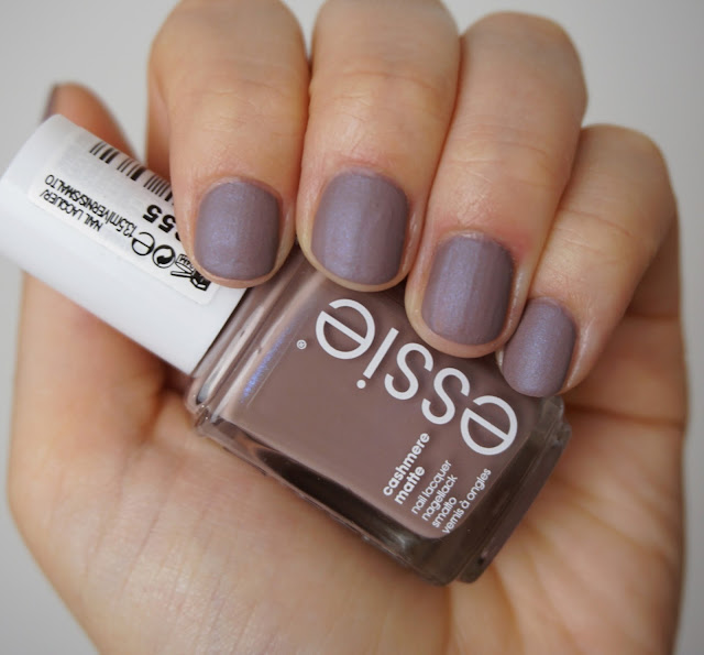 Essie - Cashmere Collection 2015 Cozy in Cashmere