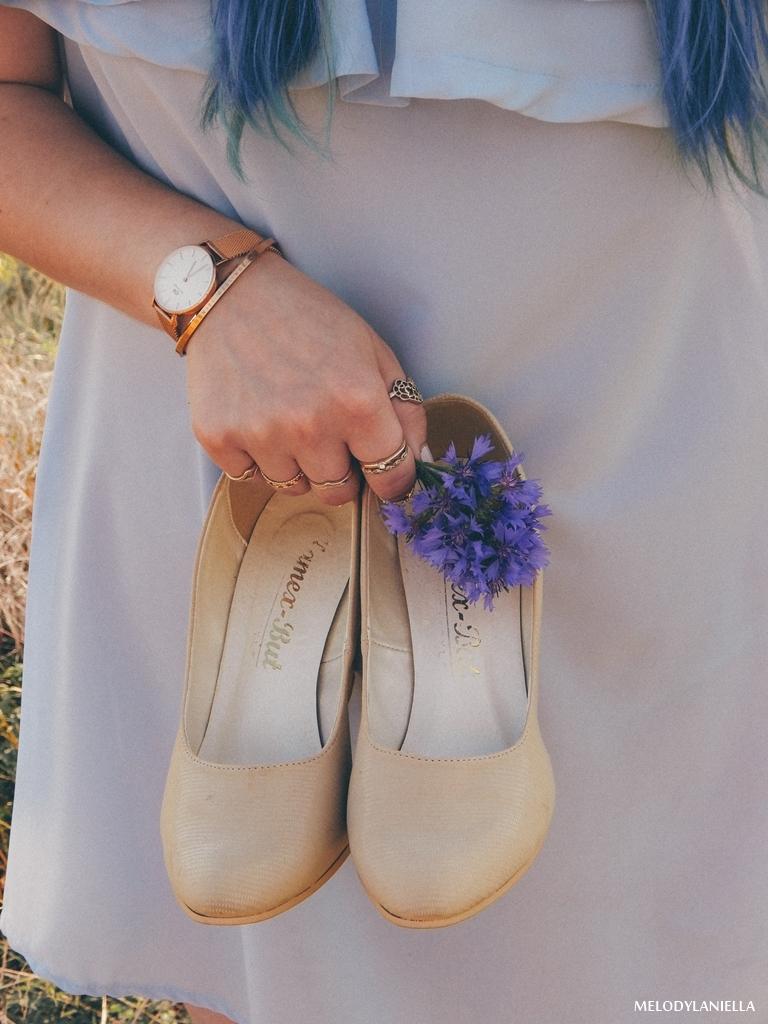 12 daniel wellington ootd lookbook fashion blogger modowe blogerki z łodzi melodylaniella blue hair niebieskie włosy baby blue hiszpanka venita błękitna sukienka stylizacja outfit modna polka pastel hair