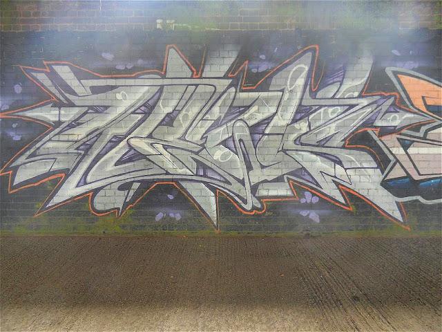 hard-to-read-graffiti-uk
