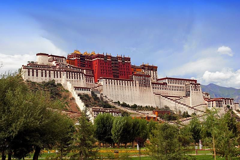 The Potala Palace - A bright pearl on the roof of the world