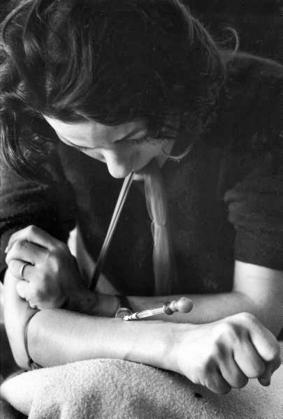 vintage everyday: Harrowing Portrait of Addicts in New ...