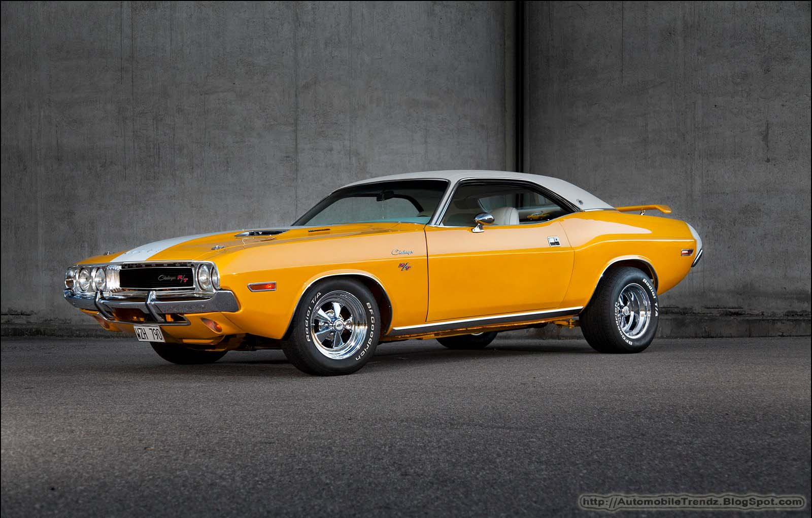 Dodge Challenger 1970 Wallpaper Automobile Trendz 1970 1974 Dodge Challenger Rt Wallpaper