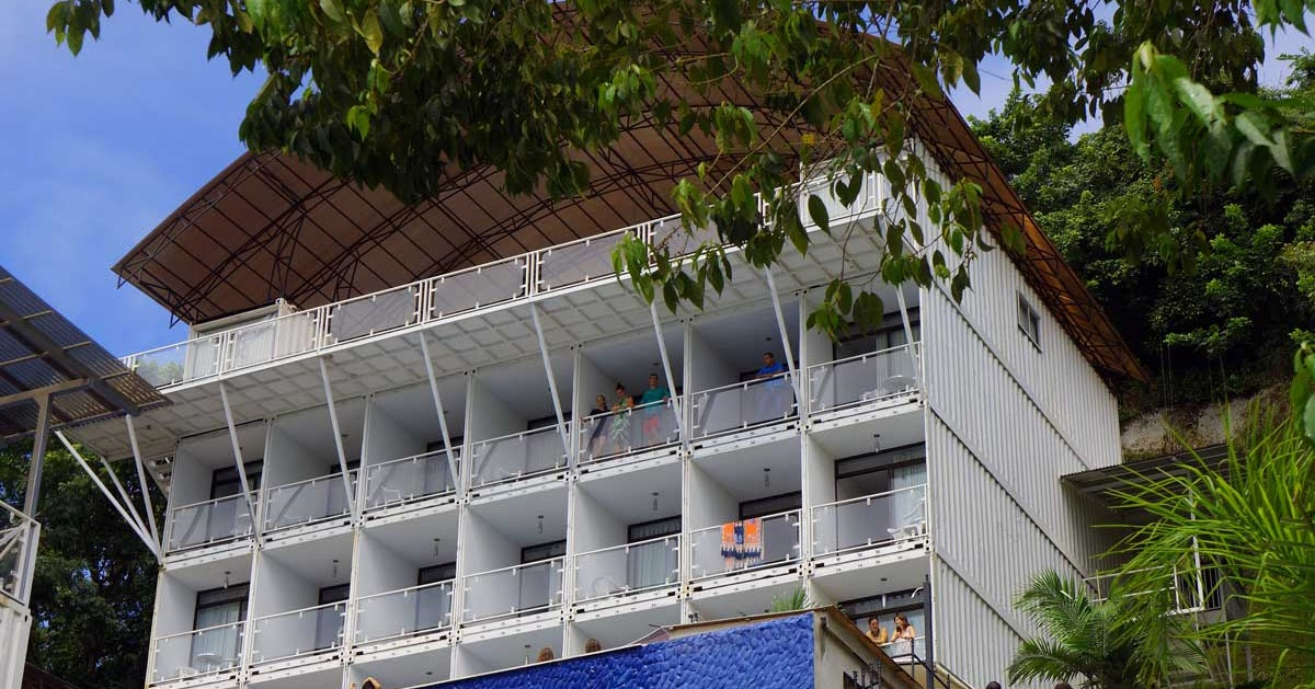 Super Punch Shipping Container Hotel In Costa Rica