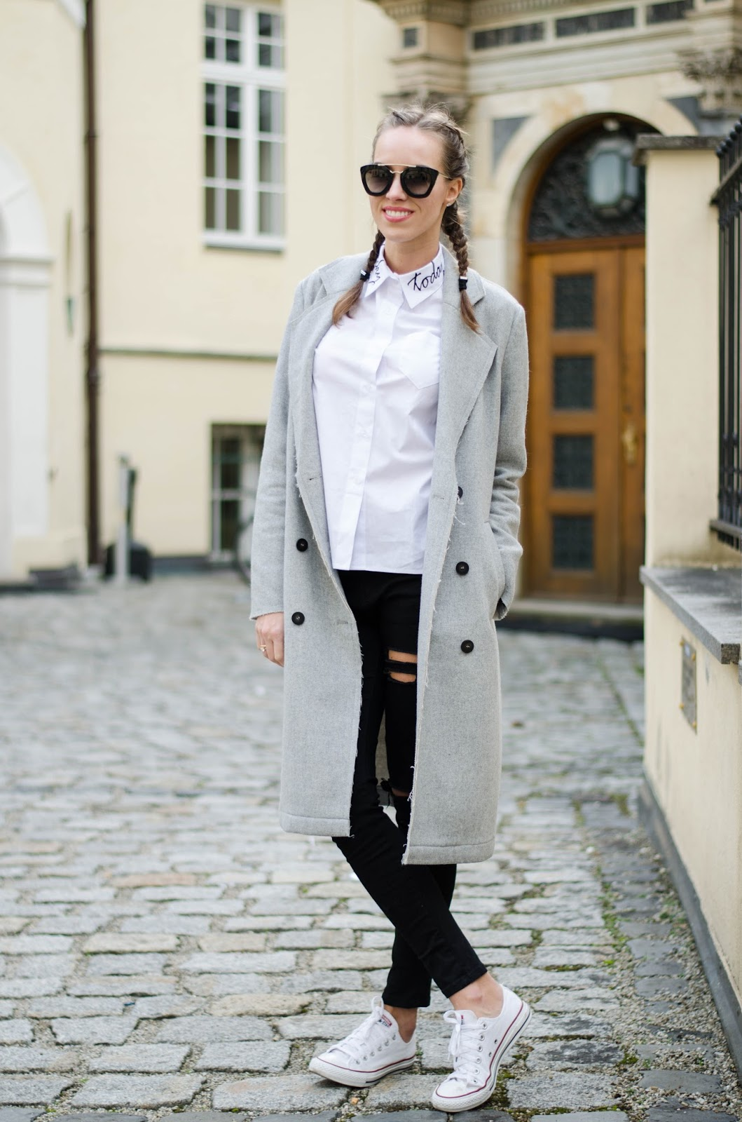 kristjaana gray coat white shirt black skinny jeans white sneakers winter outfit