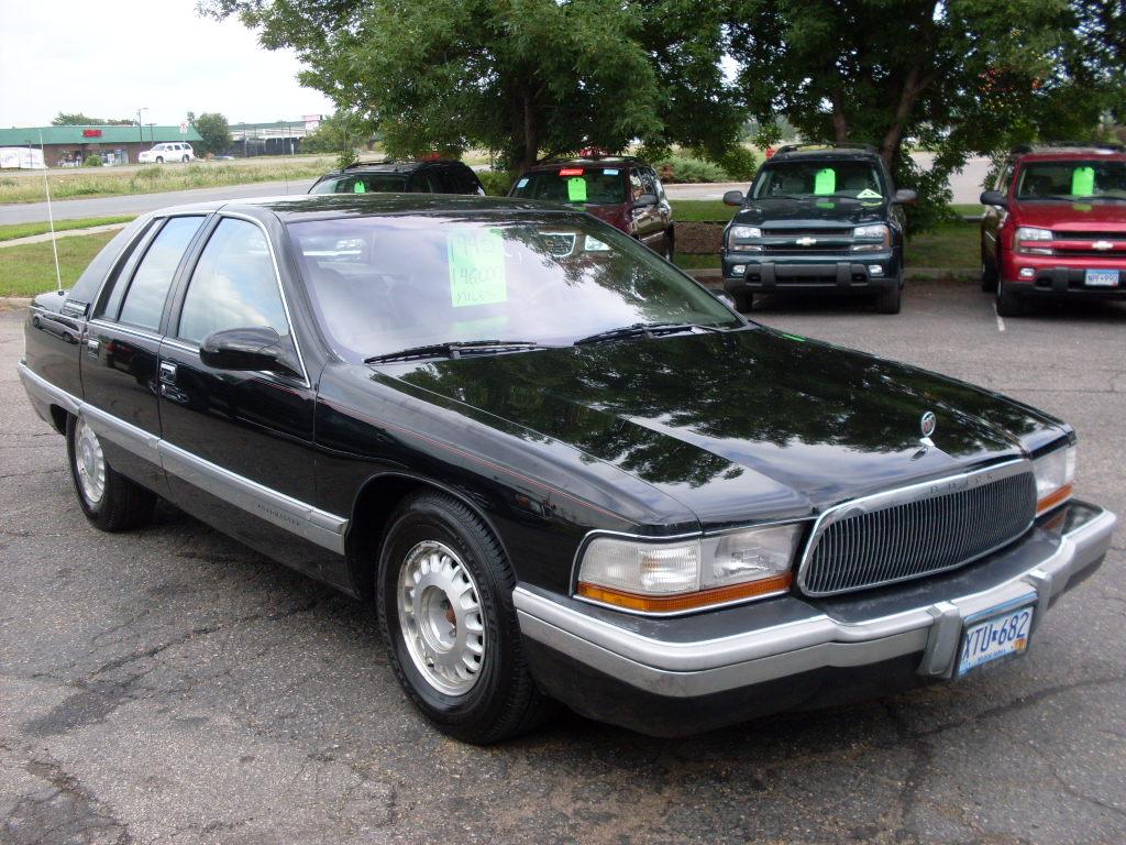 Ride Auto: 1995 Buick Roadmaster 2