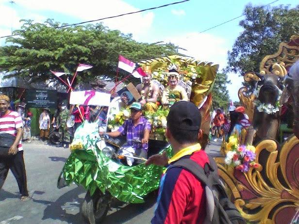 foto sdn mulyoagung 4 pada festival karnaval kecamatan singgahan tuban 2014 tuban kita