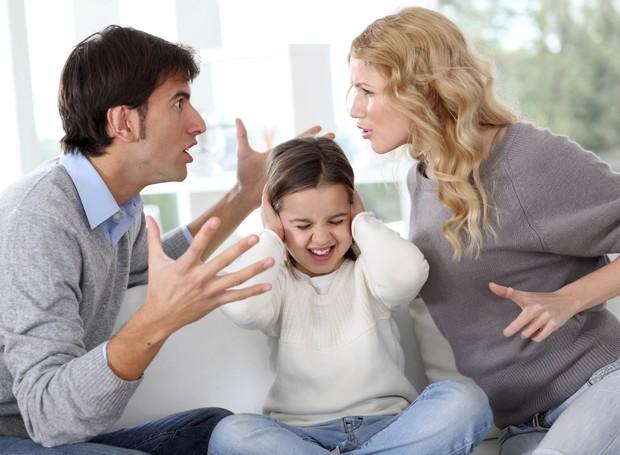 como-terminar-com-as-brigas-na-frente-das-criancas