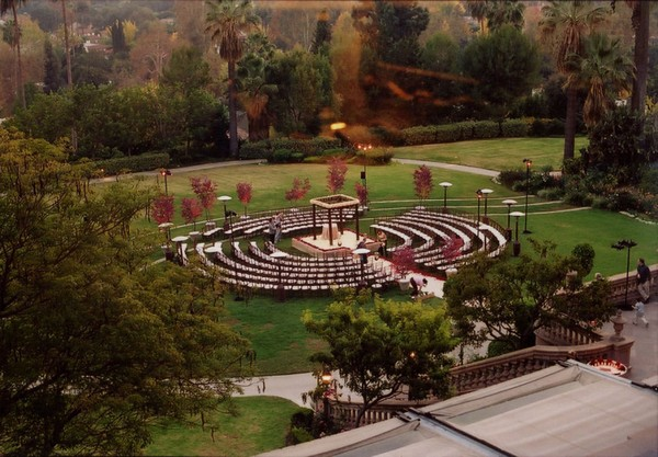 Circle Seating Arrangement For Beach Wedding: Platinum Touch Events: {Trend Alert} Round Ceremony Seating