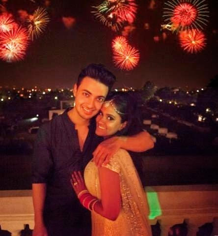 Aayush and Arpita enjoying Crackers and clicks after their marriage