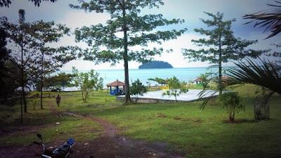 Tempat Wisata Pantai Gua Manik Jepara