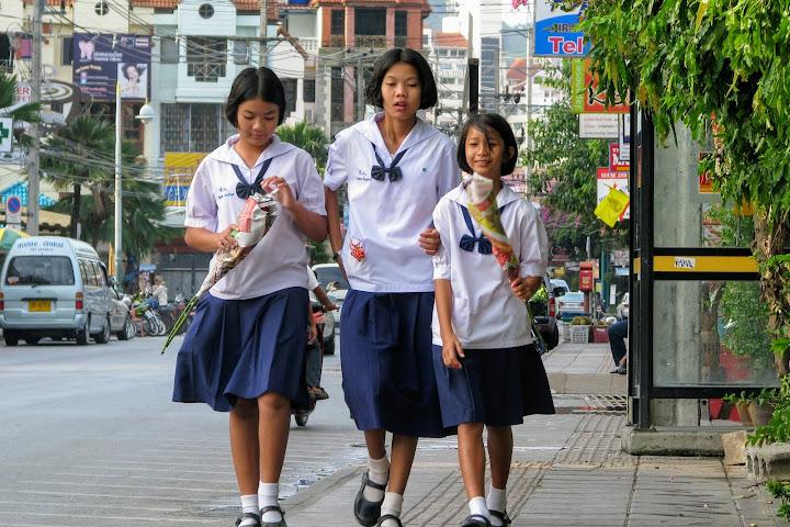 Школа в Таиланде запретила ученикам празднование Дня святого Валентина — Thai Notes
