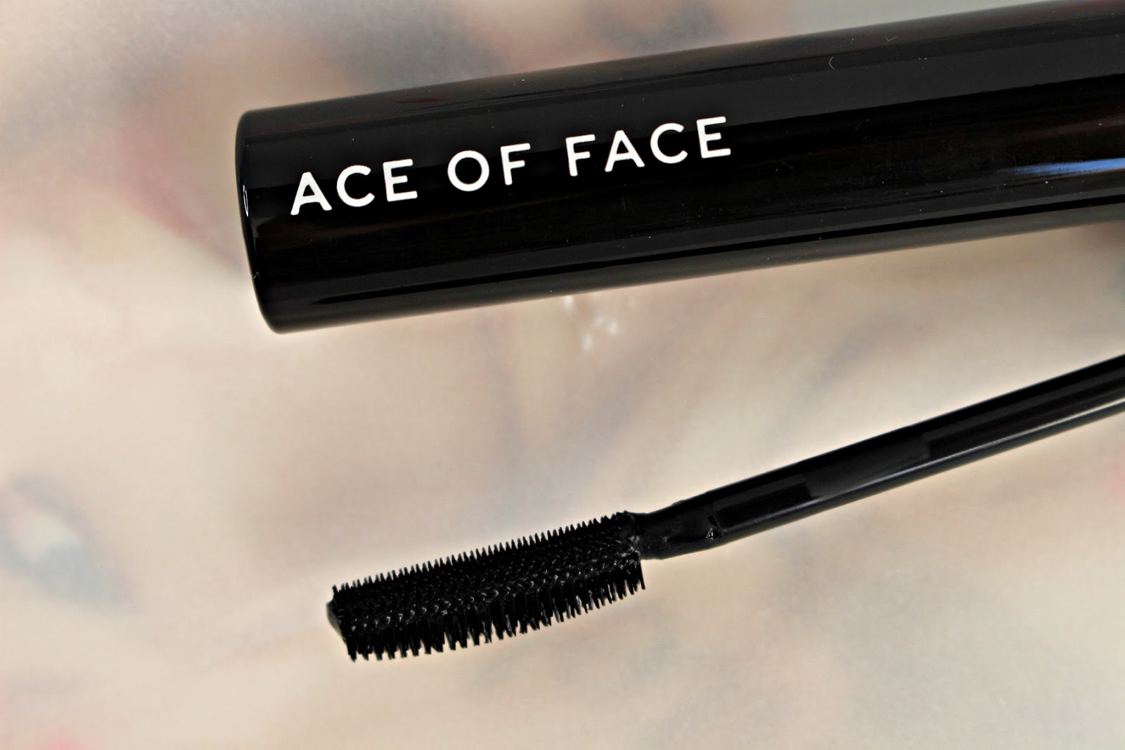 Ace of Face volumizing curling mascara