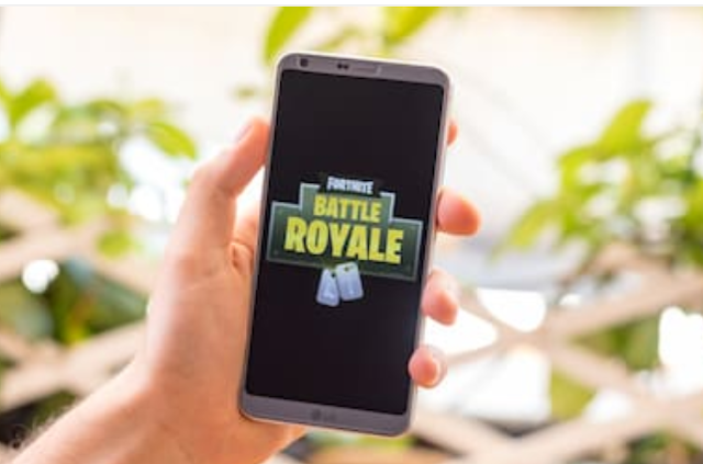 How to download Fortnite and play on mobile
