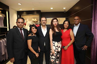 Amal Fernando (GM – New Business MAS Brands), Eshara Silva (Asst. Manager – Brand Development MAS Brands), Nadeem Anzar (CEO - SFnZ & CO - Franchise Partner of amanté in Pakistan), Mahira Khan (Actress & Style Icon), Gayani Gunawardena (DGM – Marketing MAS Brands), and Niranjan Wijesekera (CEO - MAS Brands) at the launch of amanté in Pakistan