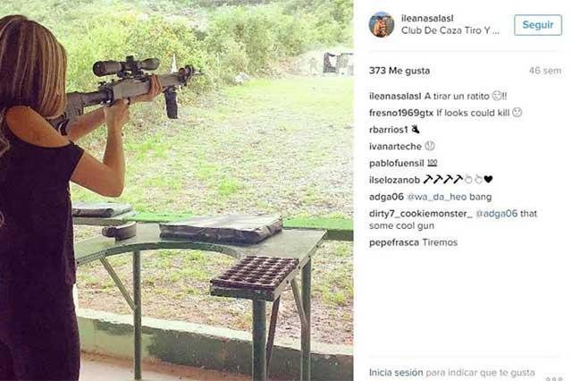 Novia de futbolista secuestrado posó con armas