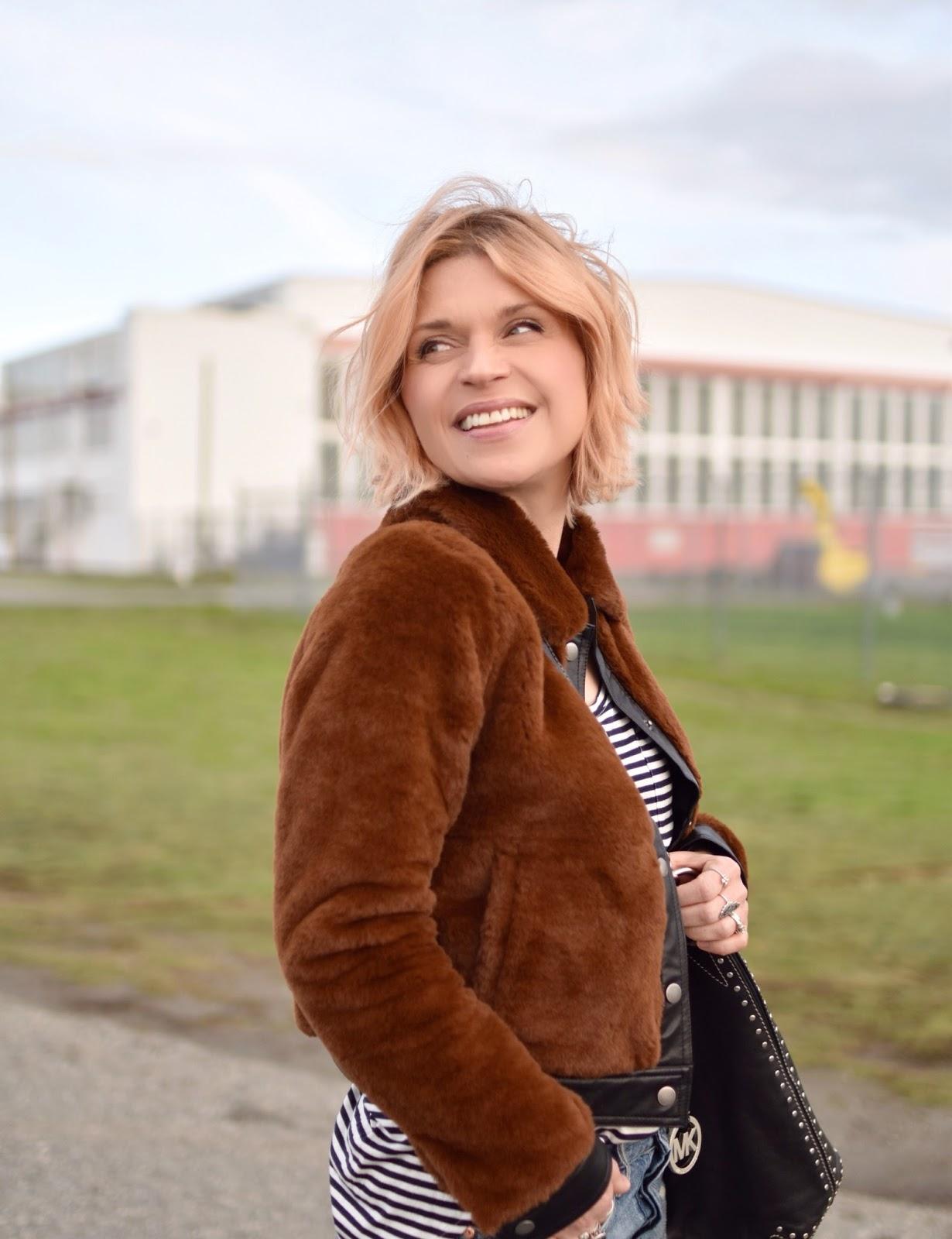 Monika Faulkner outfit inspiration - faux-fur bomber, striped tee