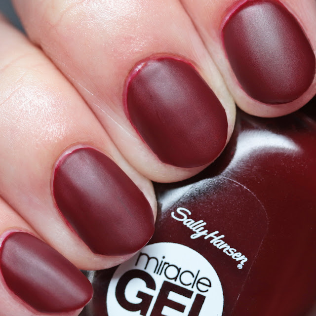 Sally Hansen 474 Can't Beet Royalty with Miracle Gel Matte Top Coat