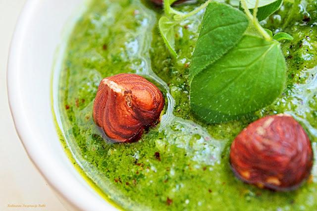 Pesto z oregano z orzechami laskowymi