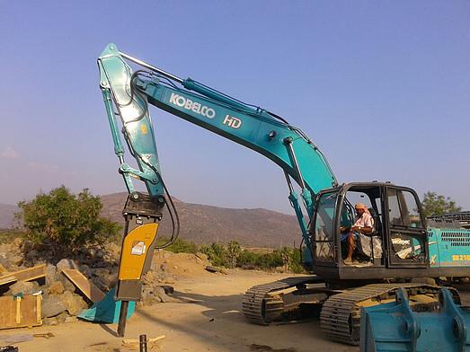 Bulldozer, Minin Excavaror, Rock Breaker, Motor Grader Hire