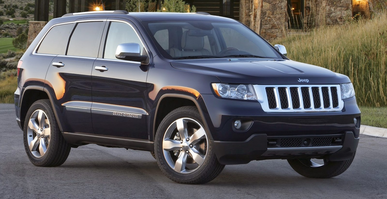Owners Manual Jeep Grand Cherokee Owners Manual border=
