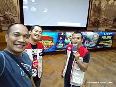Bersama kawan-kawan Penggemar Fotografi Tasikmalaya