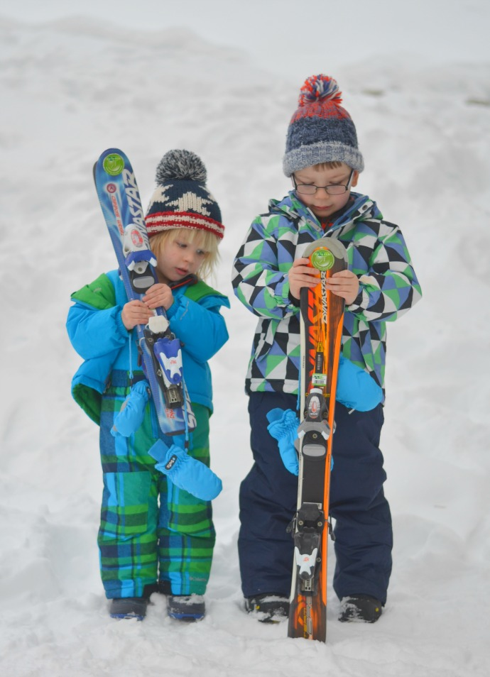 The mummy adventure, family travel blog, family travel blogger, snowbizz, ski lessons for toddlers