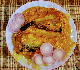 Fish with mustard seeds curry