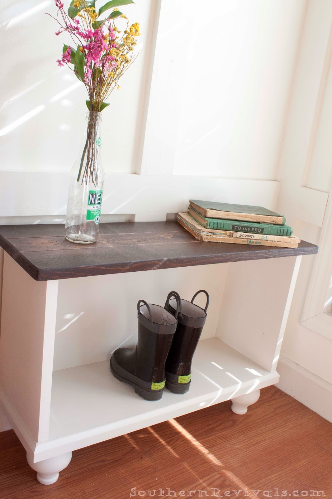 Southern Revivals Diy Entryway Bench For Small Es