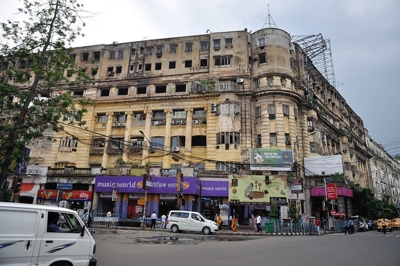 Stephen_Court_Park_Street_Kolkata