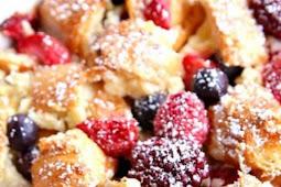 Berry Croissant Bake
