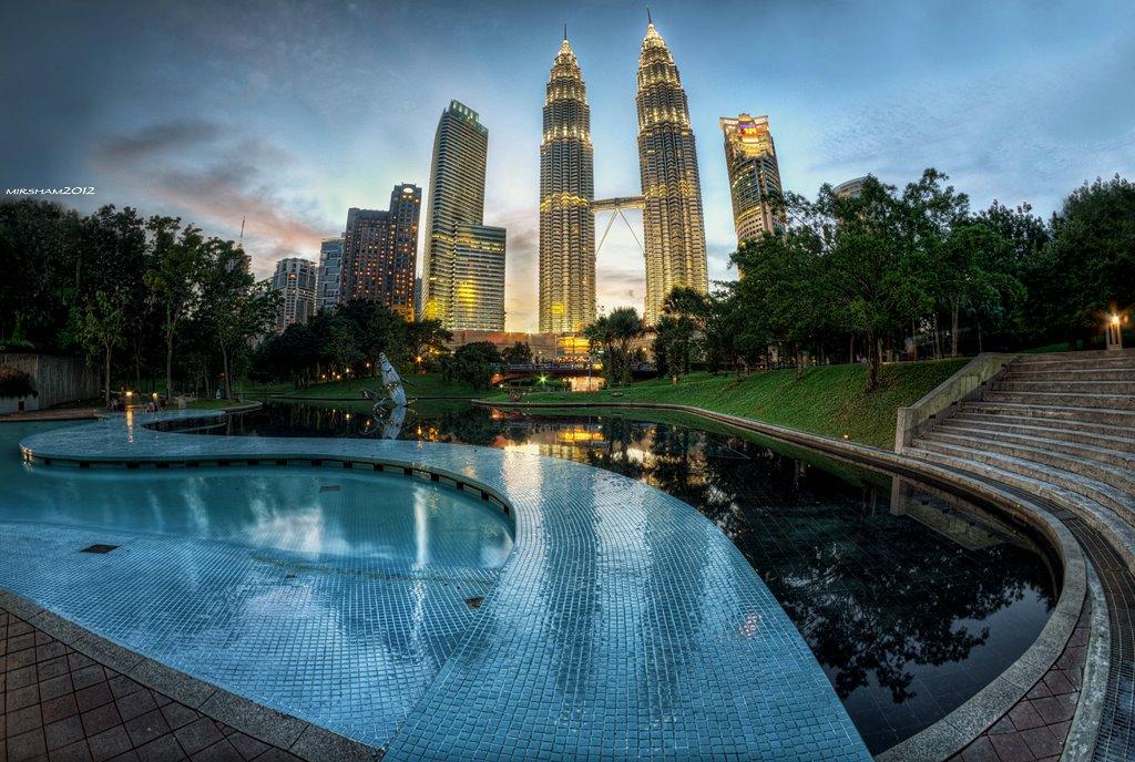 Sosiologi pembangunan dan teori pendekatannya dr. Malaysia Kita: Malaysia Negara Contoh – Muhyiddin