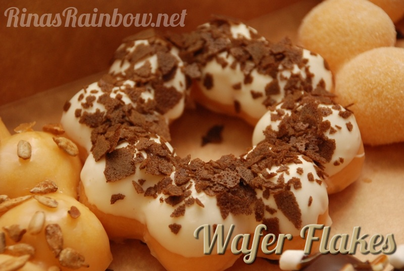 Rina's Rainbow: Mister Donut Cafe Brings Original Pon De