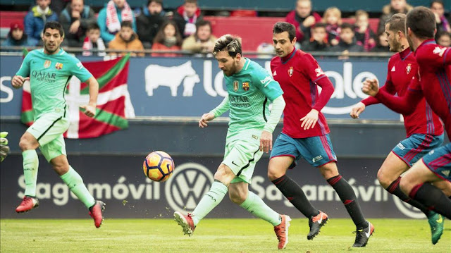 Lionel Messi Scoring against Osasuna securing Barca Victory