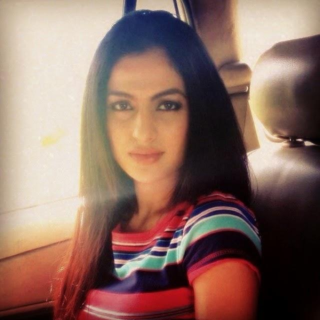 good night :), Jesleen Slaich hot Selfie Pics - Punjabi Model / Actress