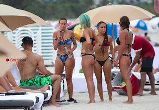 YesJulz-in-Bikini-602+%7E+SexyCelebs.in+Exclusive.jpg