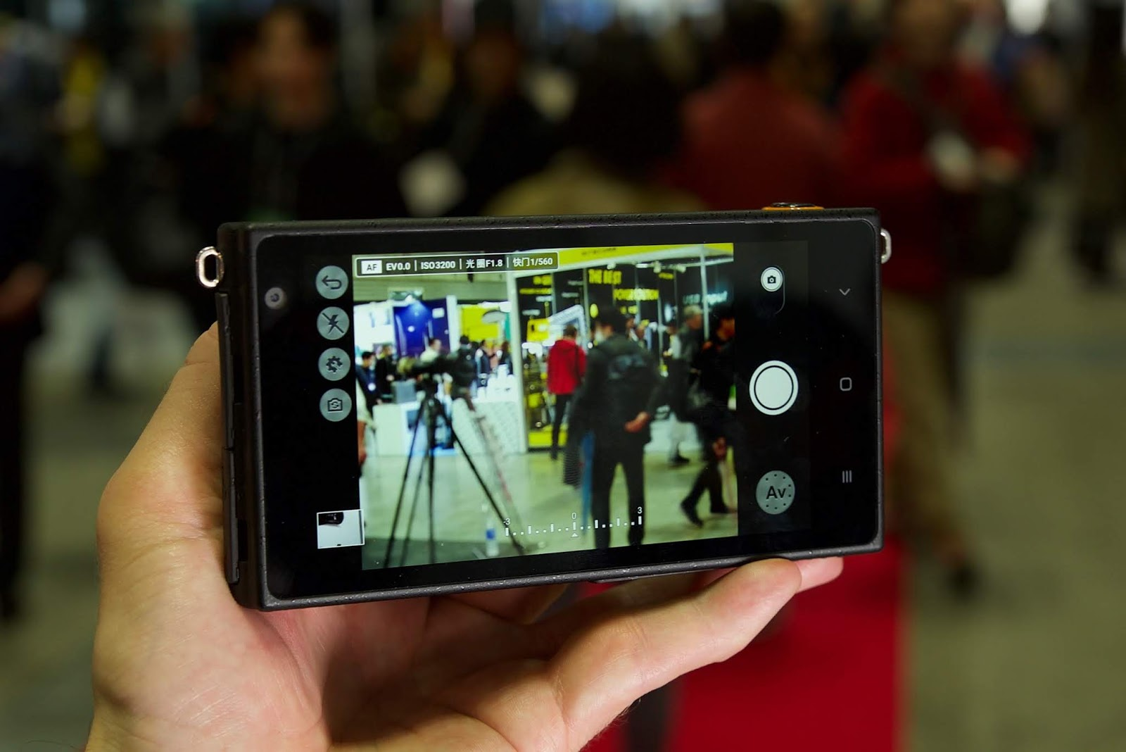 Камера Yongnuo YN450, вид сзади