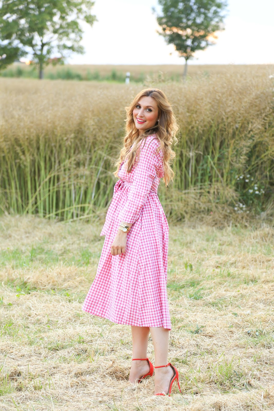 Fashionblogger aus Deutschland - Country Blogger - Blogger im Country Style - Country Look - Rosa Karo Kleid