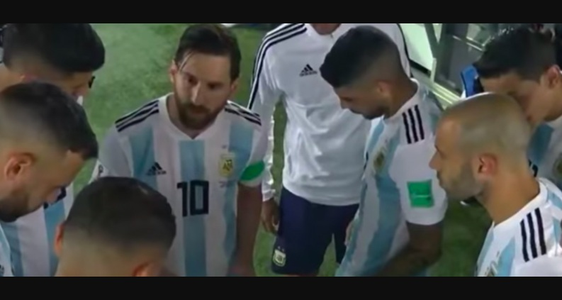 Hahaaa..!! Rupanya Messi Jadi Pelatih Saat Argentina Vs Nigeria